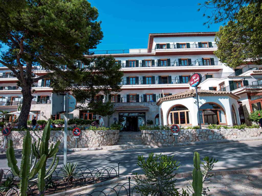 hotel-cala-fornells-mallorca-1-mini